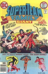 0007 1105 195x300 Super Team Family [DC] V1