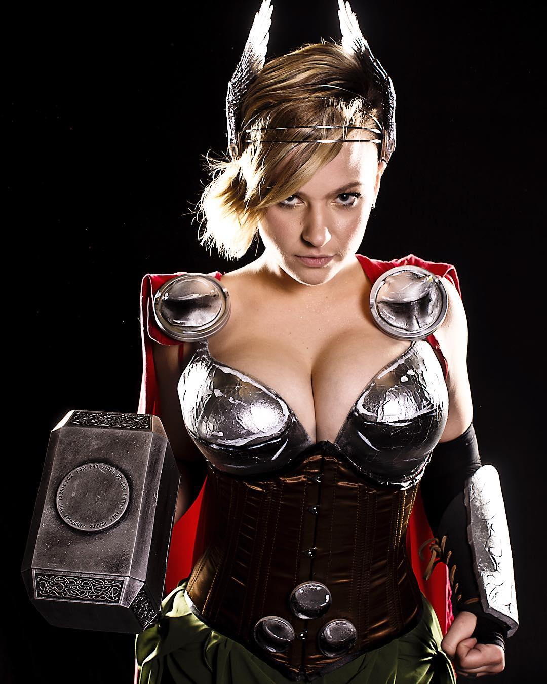 Mad Love Lady Thor Mad Love Lady Thor
