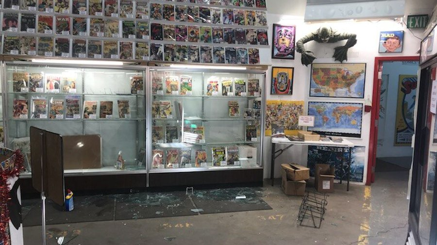 $42,000 worth of comic books stolen in smash-and-grab from Denver store $42,000 worth of comic books stolen in smash-and-grab from Denver store