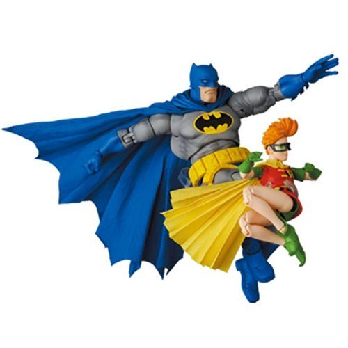 39504a3a57704aae930b13b07c30da27lg 500x500 Batman: The Dark Knight Returns Batman (Blue Version) and Robin MAFEX Action Figures